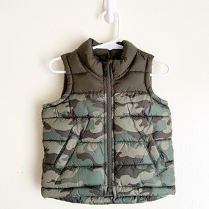 Old Navy Baby Boy's Camo Fatigue Puffer Vest